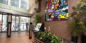 This stunning Romero Britto Mural at 1180 Avenue of the Americas makes it a top office space for rent in NYC.